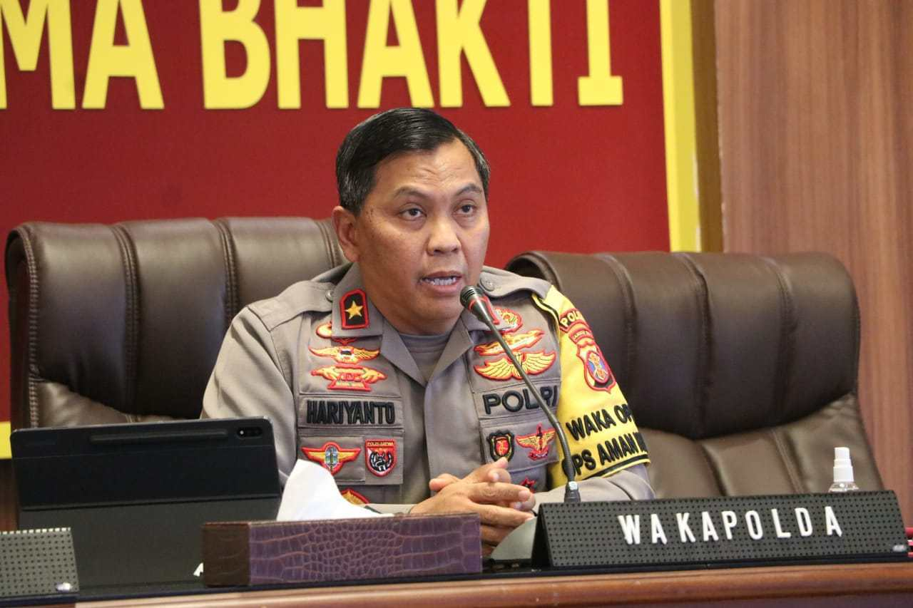 Discussing Anev PPKM Activities, Deputy Chief of Police of East Kalimantan Follows Vicon with Deputy Chief of Police - POLRI PRIVATE DIVISION