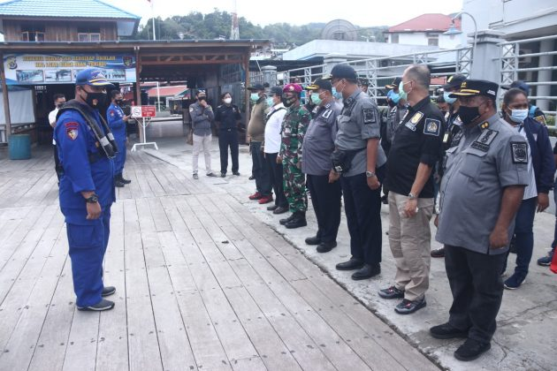 Dit Polairud Polda Papua Together with Immigration Class I Tpi Jayapura Holds Joint Patrols in the RI-PNG Border Sea Region - POLRI PRIVATE DIVISION