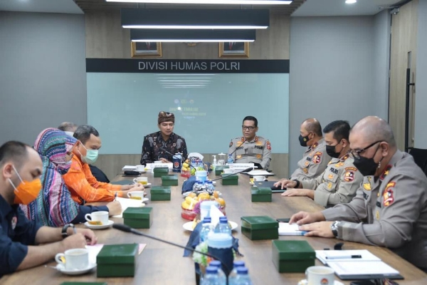 Police and KPI Discuss Preparations for National Broadcasting Day