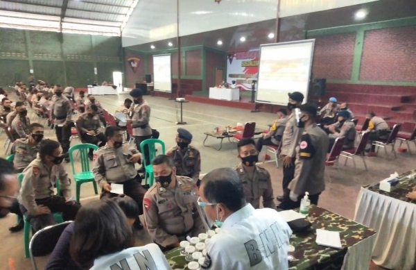 West Java Police Satbrimob Promotes the Dangers of Drugs to the Ranks